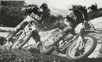 Bill Rubly, riding for Wheelsmith now, cuts inside to head a fellow racer off at Saddleback on Saturday. Corley photo.